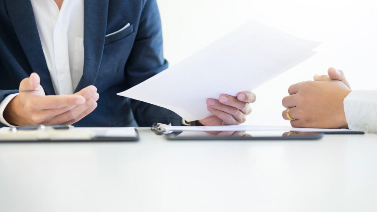 ファイナンスリース取引の分類や仕訳・会計処理のポイントを解説