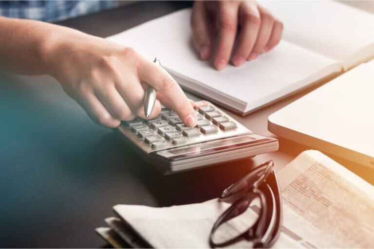 ファイナンスリース取引の判定基準と支払金額・会計処理